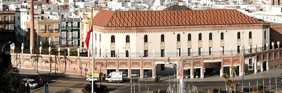 Visitando las mansiones y palacios de Cádiz