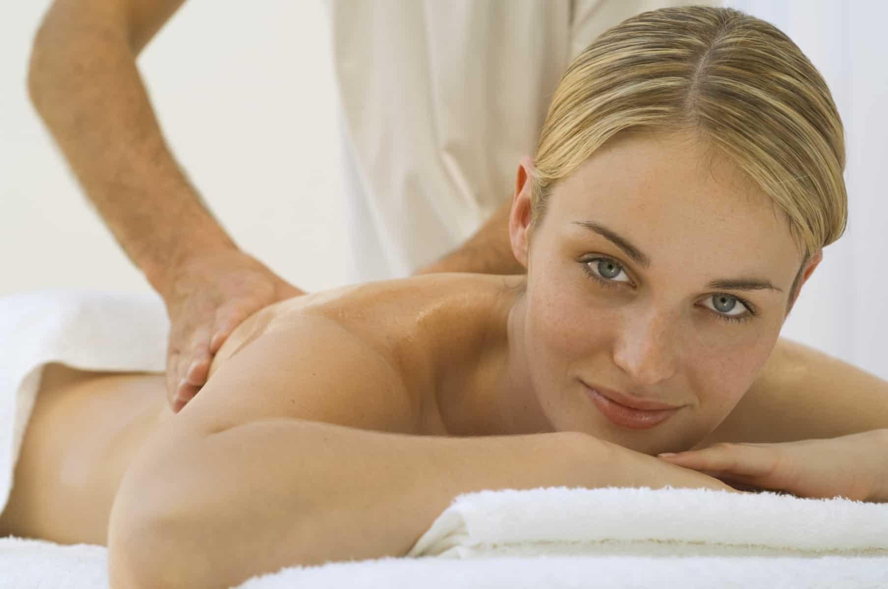 Descubre los beneficios de los masajes eróticos Barcelona en la mujer